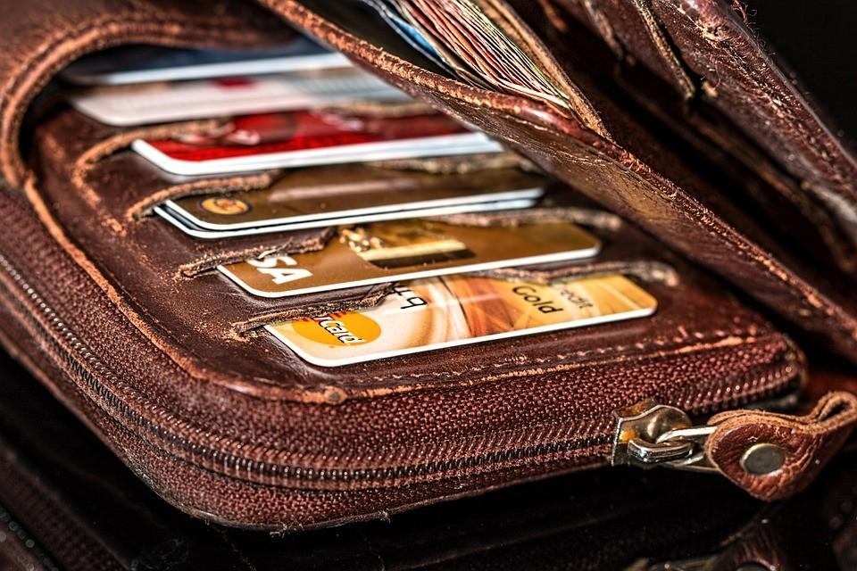 pay minimum on credit card