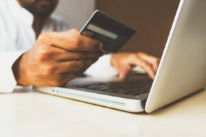Signature Loans Online: Things to Consider Before You Apply